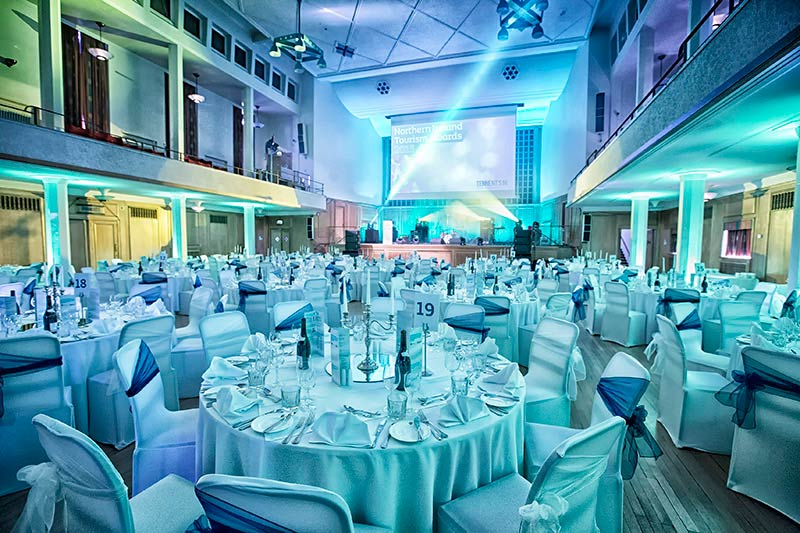 An image of a gala dinner taking place at the Whitla Hall, Queen's University Belfast