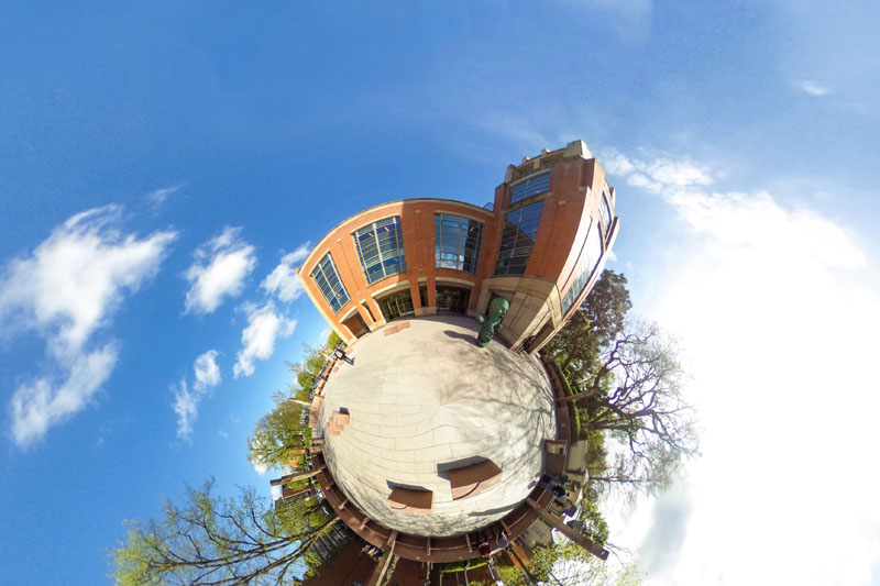 360 degree image of the McClay library