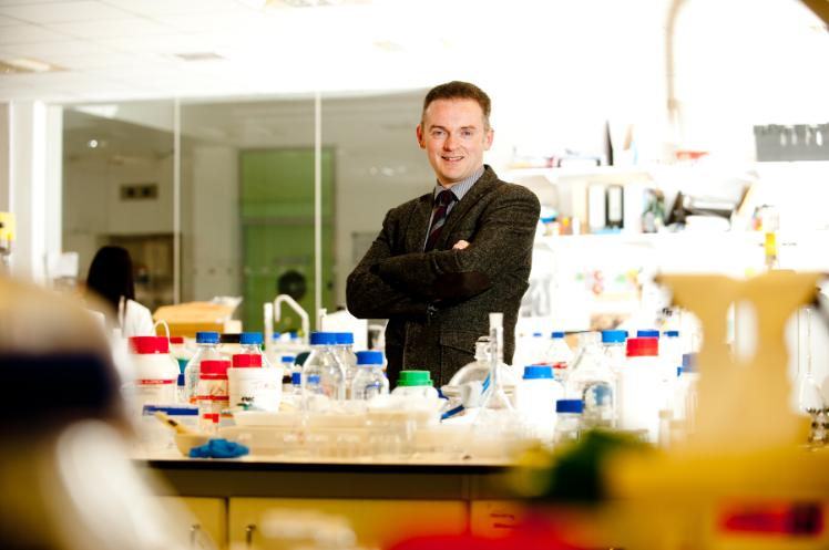 Professor Ryan Donnelly in lab