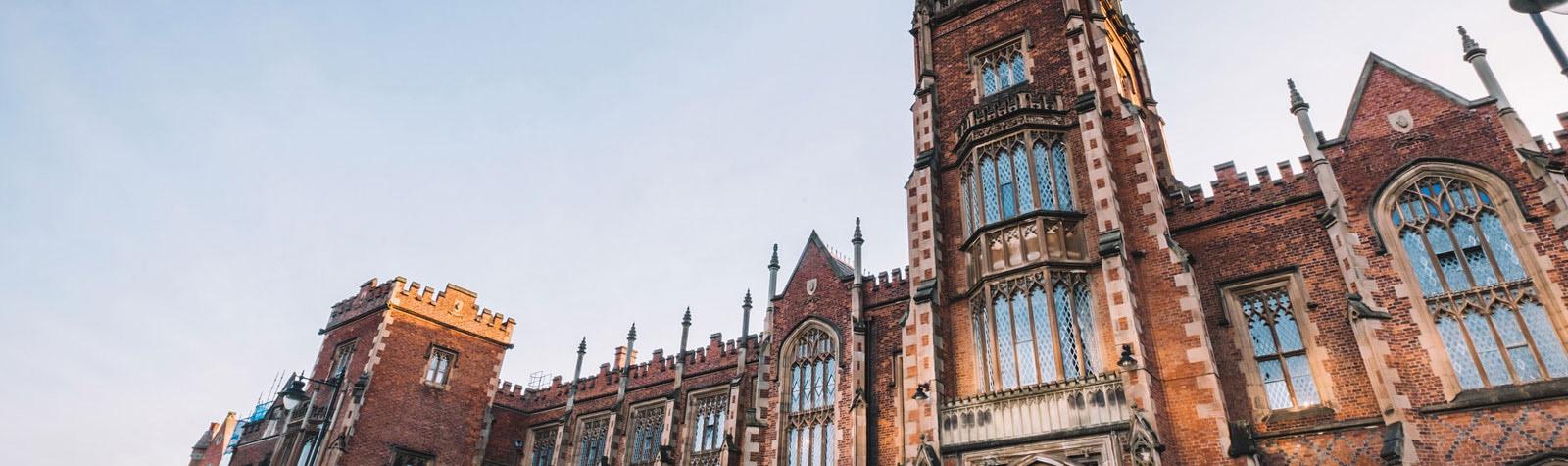 Queen  s University dating online domande di incontri appropriate