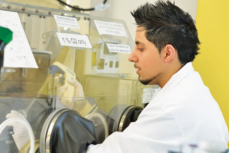 Research Student working in Labatory