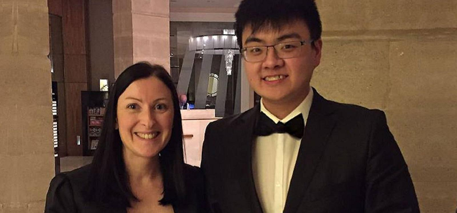 ING HO WINS PHARMACY LEADERSHIP AWARD