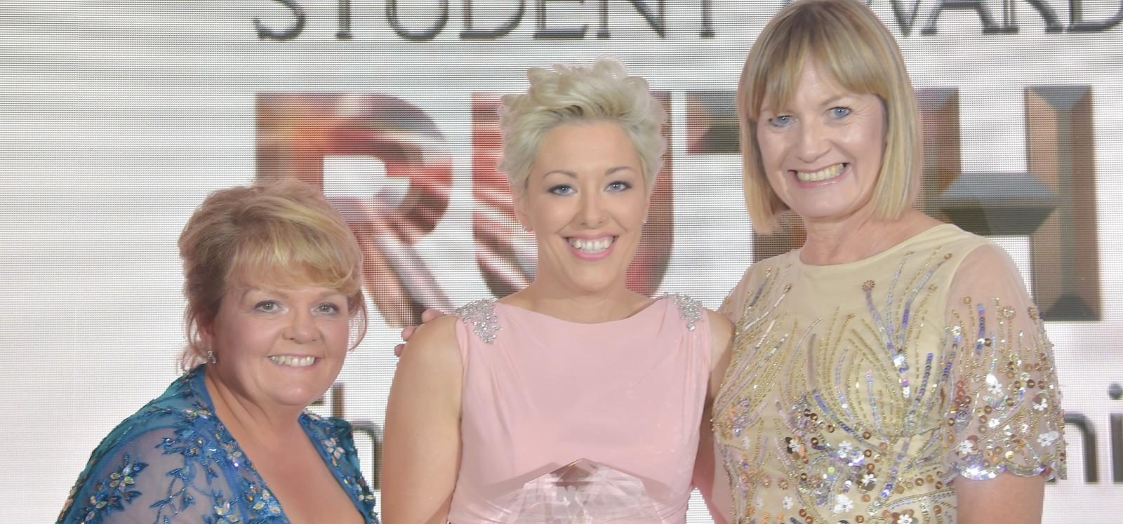 News Student Award School Of Nursing And Midwifery